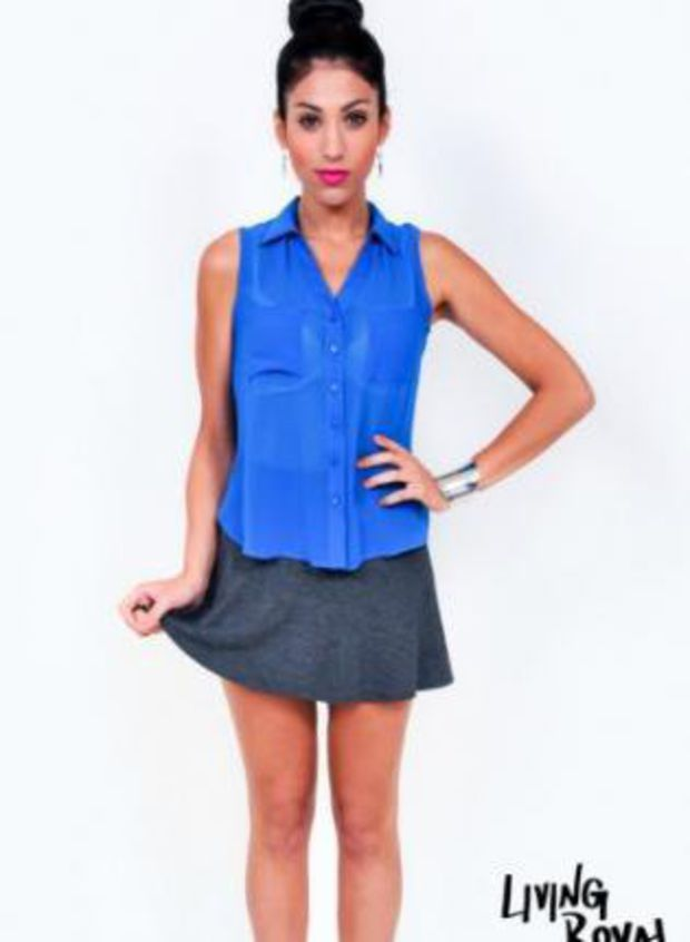 Blue Sleeveless Button Up High Low Top