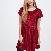 Urban Renewal Vintage Remnants Crushed Velvet Babydoll Dress in Burgundy - Urban Outfitters