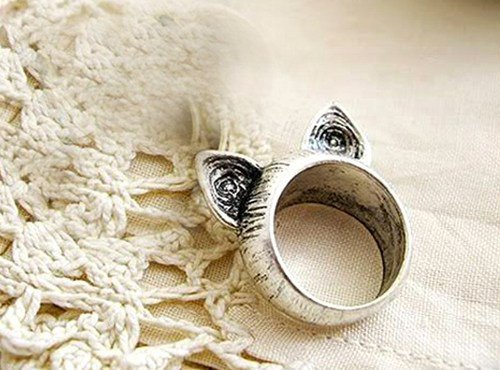 Silver Cat Ears Retro Ring Size 6