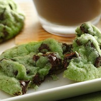 nom nom nom / Mint Chocolate Chip Cookies Recipe | Flickr - Photo Sharing!