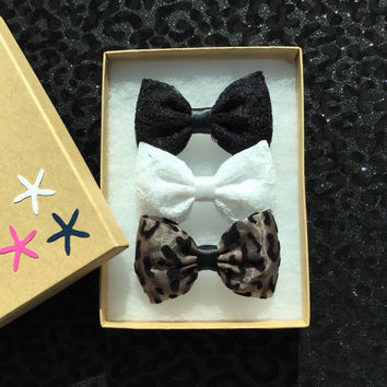 Black lace, white lace, black velvet cheetah hair bows from Seaside Sparrow.  Small hair bow hair clip gift for her girl bow