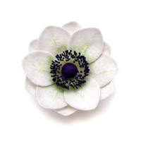 Felt flower brooch White Anemone