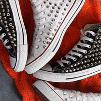Spike  CONVERSE