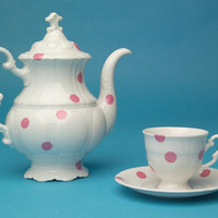 Legendary Pink Dots Tea Set by Maxim Velčovský for Qubus Design Studio - Free Shipping