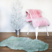 FAUX SHEEPSKIN FURS   Chair Covers . Pet Bed . Area Rugs . Dining Chair Cushions . Carseat Covers . Office Chair Cushions . Custom Colors