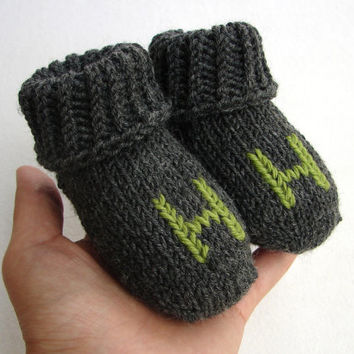 Personalized baby socks from cashmere and wool, crib shoes, newborn, 2-6 month, 6-12 month, choose color and finishing