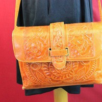 Vintage Inspired Auth Hand Tooled Brown Leather Handbag Vtg Shoulder Bag (73B)