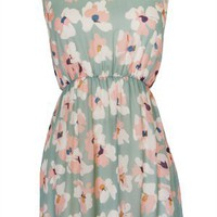 Ditsy Floral Dress - Conversation Pieces