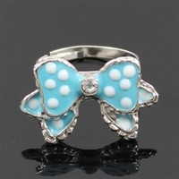 Blue bow polka dot ring