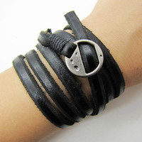 Black Soft Leather Women Leather Bracelet  with Silvery Alloy Buckle Men Leather Cuff Bracelet Unisex Bracelet  1269A
