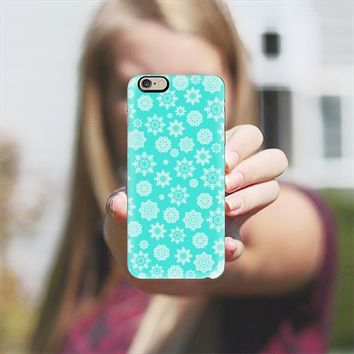 Mini Flurries on Turquoise iPhone 6 case by Lisa Argyropoulos | Casetify
