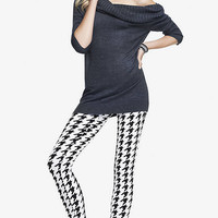 HOUNDSTOOTH PRINT SEXY STRETCH LEGGING from EXPRESS