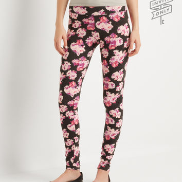 Aeropostale  Invite Only Floral Leggings - Black, X-Small