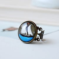 Unique Sailboat Intaglio Glass Cabochon  Filigree Brass  Adjustable Ring Vintage Czech