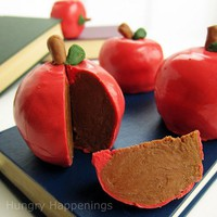 Hungry Happenings: Inside Out Chocolate Caramel Apples make great teacher's gifts.