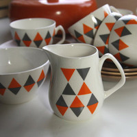 "FollyandGlee ? Mid-century mod Empire Porcelain coffee set ""Checkmate"""