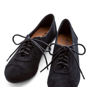 ModCloth Menswear Inspired Carefree Choreography Flat in Black