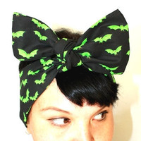 Bow hair tie Neon green Bats, Rockabilly, Retro