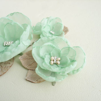 Mint and Tan Wedding Hair Piece, Lace Flower Hair Clips, Small Leaf  Headpiece, Bridal Flowers Wedding Hair Accessory