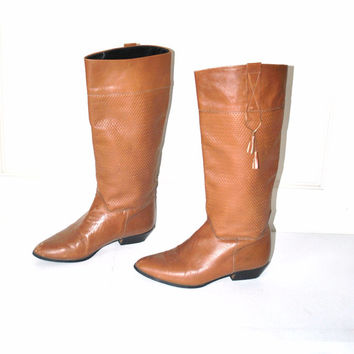 size 8 SOUTHWESTERN riding boots / vintage 1980s TALL boho pointy toe WOVEN caramel leather winter boots