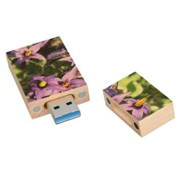 Purple Flowers USB 3.0 Flash Drive