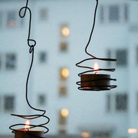 Overcast skies / DIY: Wired Tea Light Holder : Remodelista