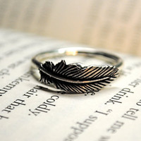 Silver Feather RIng Size 10