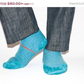 CYBER WEEK SALE, Men Slipper Socks with Leather Soles, Men Cashmere Shoes, Eco-friendly Men Cashmere Slippers.  Size: Usa Adults 6.5 -16