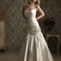 Madame Bridal: Allure 8852 Wedding Dress