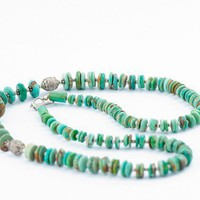 Turquoise Vintage Beaded Necklace /beautiful green turquoise and silver vintage