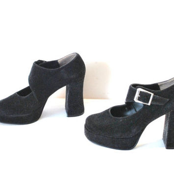 size 6.5 velvet PLATFORMS / total 90s vintage CHUNKY bell heel FUZZY cyber club kid black platform Mary Janes