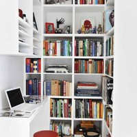 Heaven. The Bookworm Edition / i think this is the best thing you could do with a small space!