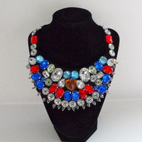Tanny's Couture — Stylish Round Bib Collar