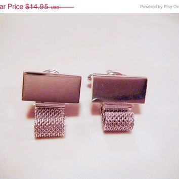 Holiday Sale Vintage Shield 39s Fifth Avenue Silver Mesh
