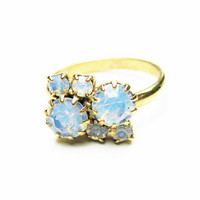 Vintage Faux Opals Ring Engagement - Faux Anneau d'Opale. Vintage Jewelry by My Chouchou on Etsy.