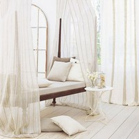 Neutral canopy chaise | Interiorly