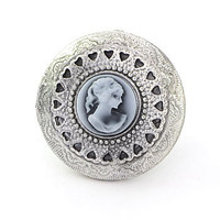 Silvered Lavish Locket Ring