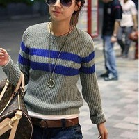 Trendy & Modern Round-neck Stripe Long Sleeve Sweater