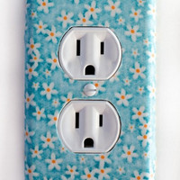 White Flower On Blue Background Outlet Plate