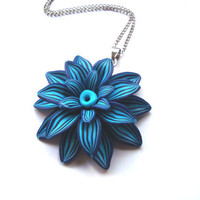 Beautiful blue flower pendant necklace