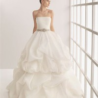 Vintage Gorgeous organza ball gown strapless court train wedding dresses MLVB0060