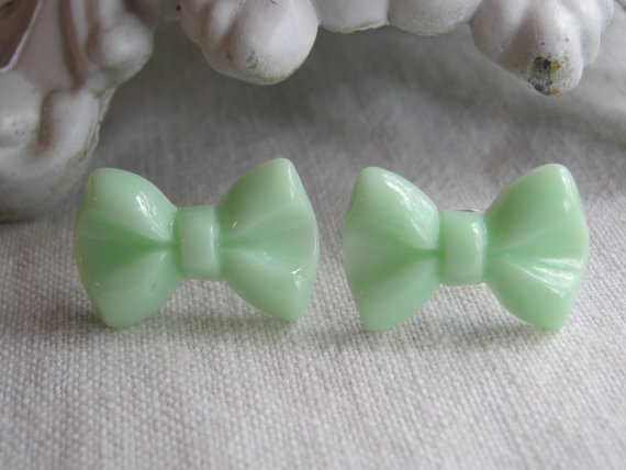Mint Green Pastel Lovely Elegant Bow Earrings 21 x 14mm