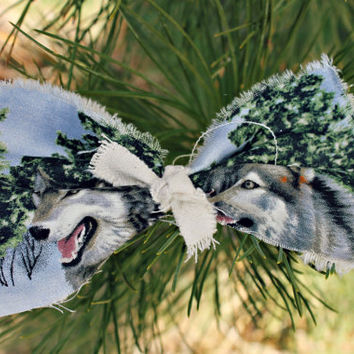 Happy Wolf Canvas Bow