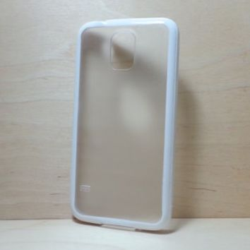 Silicone Bumper and Translucent Frosted Hard Plastic Back Case for Samsung Galaxy S5 - White
