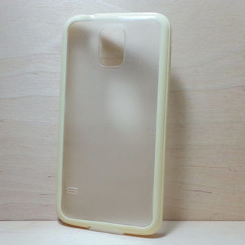 Silicone Bumper and Translucent Frosted Hard Plastic Back Case for Samsung Galaxy S5 - Yellow