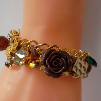 Trendy - Brown - Golden Bracelet with Swarovski Crystal and Porcelain Flower