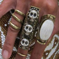 Natalie B 3 Stone Bliss Saddle Ring in Skulls