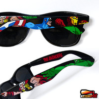 Sunglasses - Custom Wayfarer style sunglasses The Avengers comic unique hand painted - Captain America - Thor - Hulk - Iron Man