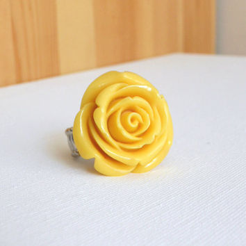 Friendship Rose Ring [3200] - $12.00 : Vintage Inspired Clothing & Affordable Summer Dresses, deloom | Modern. Vintage. Crafted.