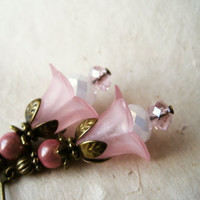 Pink Flower Earrings. Soft Pink Lucite Flower Earrings with Sparkling Crystals &amp; Brass Accents. Pastel Pink Earrings. Vintage Inspired. FDE7